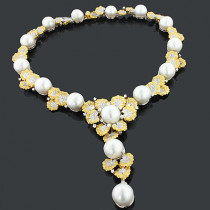 Designer Pearl Necklaces: Diamond Flower Necklace 14.26ct 18K Gold Luccello
