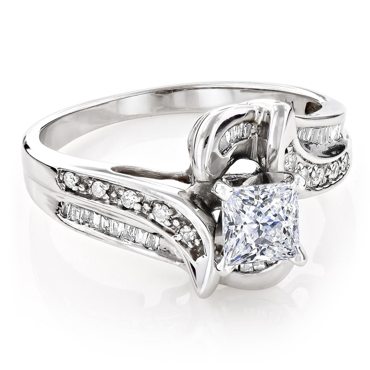 Unique 14K Gold Pre-Set Diamond Engagement Ring Princess Round Diamonds